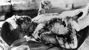हिरोशिमा पर बम गिराने की आज 68 वर्षी है