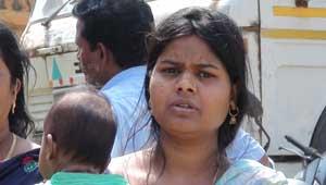 रतनपुर में महिला को जलाने की कोशिश