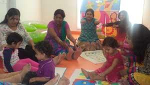 मां-बच्चों की पाठशाला-भोपाल