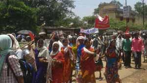 बस्तर आदिवासी रैली