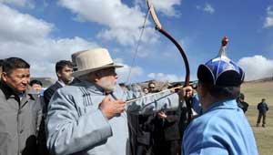 मोदी-मंगोलिया में