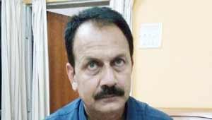 संजय दुबे-घूसखोर