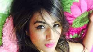 निआ शर्मा-टीवी अदाकारा