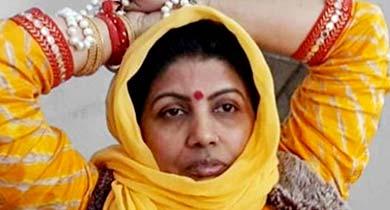 साध्वी जयश्री गिरि फरार