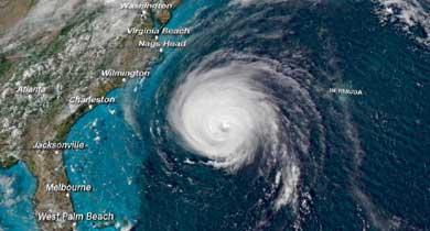 समुद्री तूफ़ान फ़्लोरेंस से 17 लाख अमरीकी परेशान ग्लेशियर खतरे में